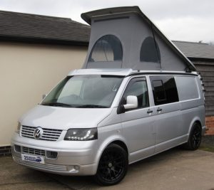 2009 (09) VW T5 LWB 4-berth Pop-top Camper £17,995